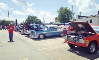 Peach Festival '16 car show