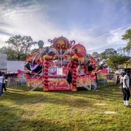 carnival ride Aladin in daytime